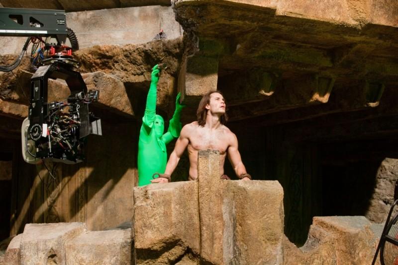 John Carter: Taylor Kitsch sul set del film si prepara al ciak