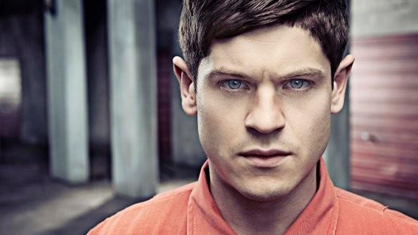 Misfits: Iwan Rheon in una foto promozionale della stagione 3