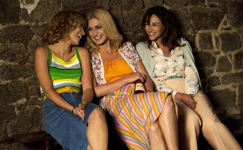 Nos plus belles vacances: Julie Bernard, Julie Gayet, Vanessa Demouy in una scena.
