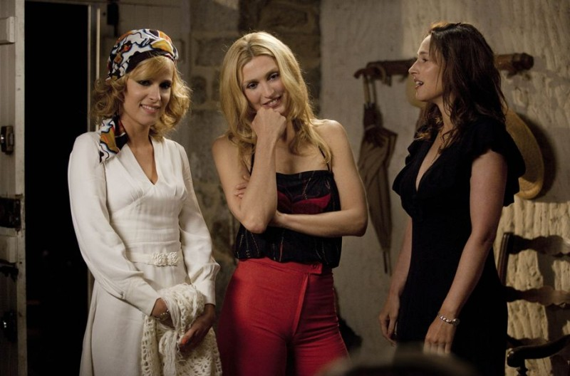 Nos plus belles vacances: Julie Bernard, Julie Gayet, Vanessa Demouy in una scena del film
