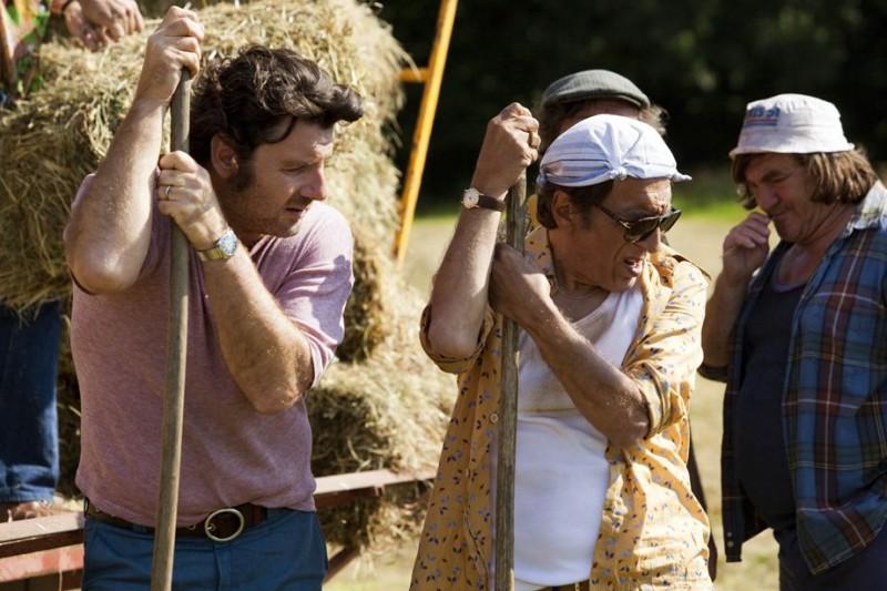 Nos plus belles vacances: Philippe Lellouche, Gérard Darmon in una scena del film