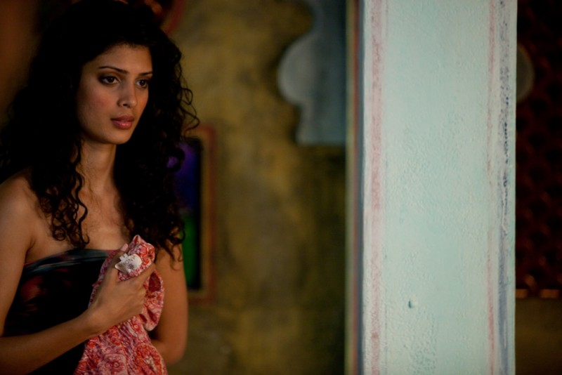 Marigold Hotel: la splendida Tena Desae in una scena del film