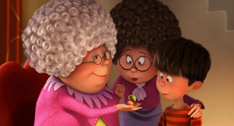 Ted insieme alla mamma e a nonna Norma in una scena del film Lorax - Il guardiano della foresta