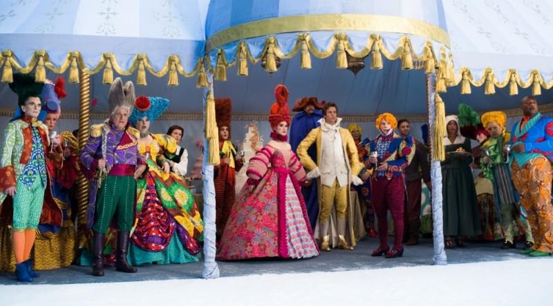 Biancaneve: una coloratissima immagine del film