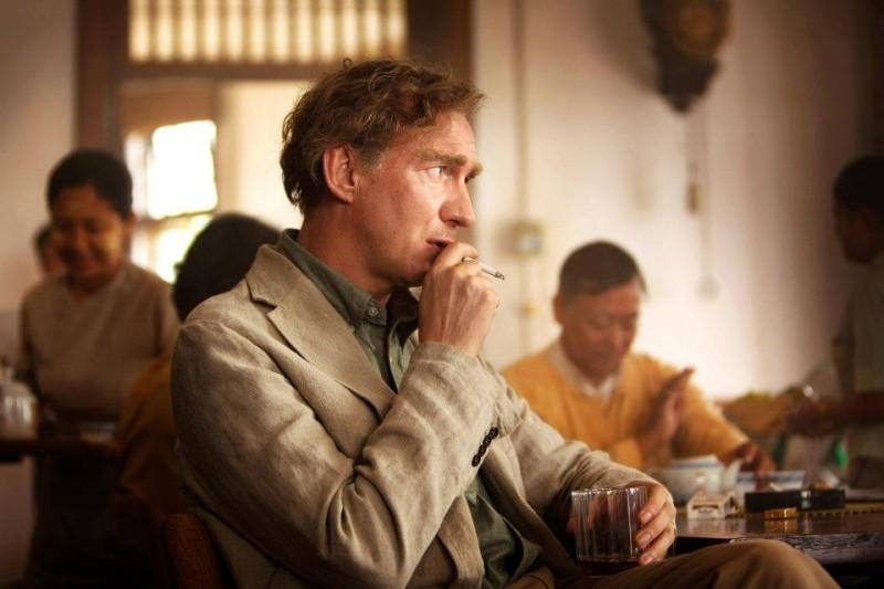 The Lady: David Thewlis in una scena del film nel ruolo del marito di Aung San Suu Kyi