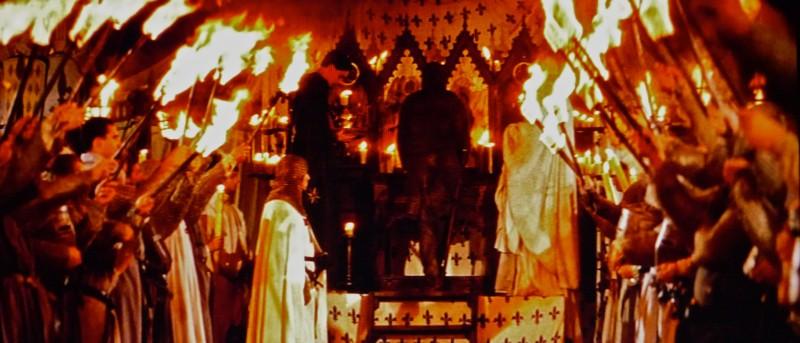 I cavalieri che fecero l'impresa - particolare scenografia processione notturna (realizzata da  G. Pirrotta)