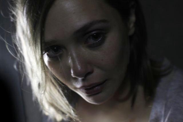 Un primo piano di Elizabeth Olsen in Silent House.