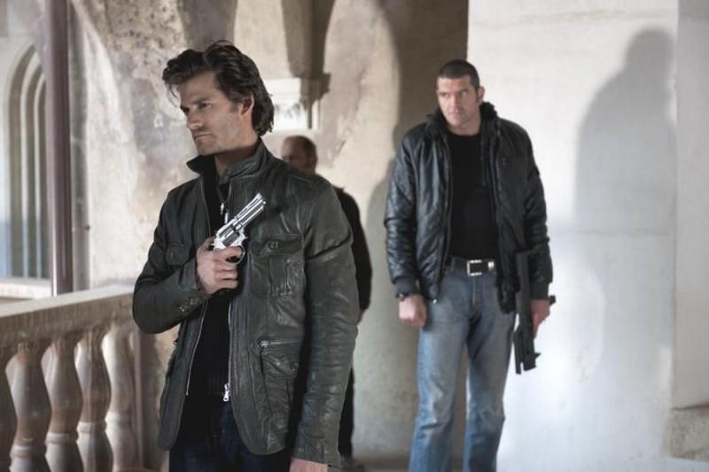 Ghost Rider: Spirito di vendetta, Johnny Whitworth in una scena tratta dal film insieme a Spencer Wilding