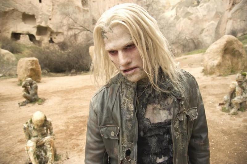 Ghost Rider: Spirito di vendetta, Johnny Whitworth in versione spettro in una scena del film