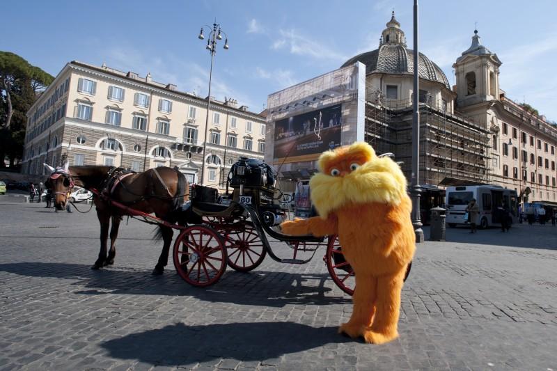 Lorax - Il guardiano della foresta: Lorax in Piazza del Popolo a Roma