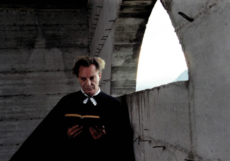 Quijote: Enzo Moscato in una scena del film