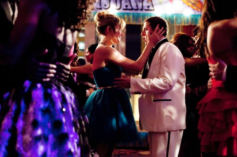 Jonah Hill in 21 Jump Street con Brie Larson