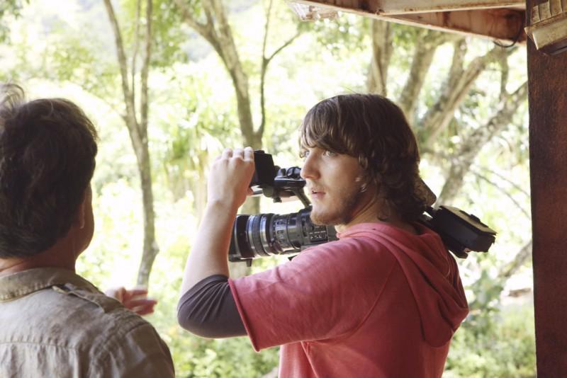 The River: Scott Michael Foster in una scena (episodio A Better Man)