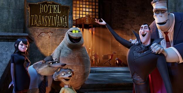 Ecco il team di buffi personaggi che ci accoglieranno inel lungometraggio animato Hotel Transylvania
