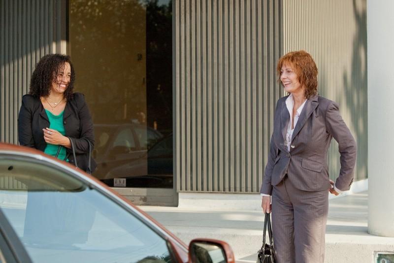 Susan Sarandon in Jeff Who Lives at Home con Rae Dawn Chong