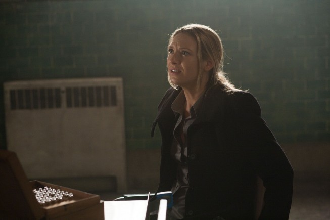 Fringe: Anna Torv nell'episodio The End of All Things