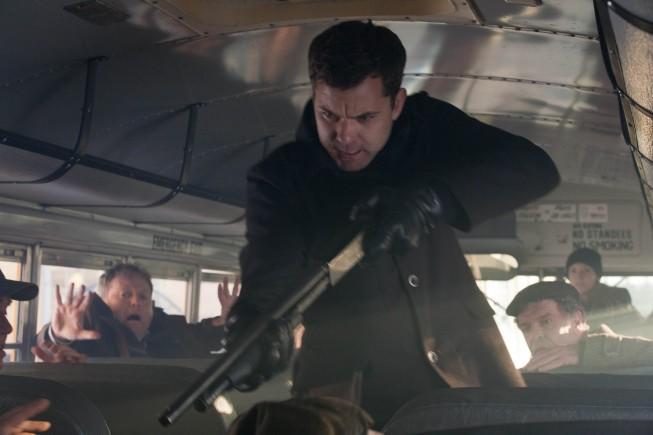 Fringe: Joshua Jackson nell'episodio Welcome to Westfield