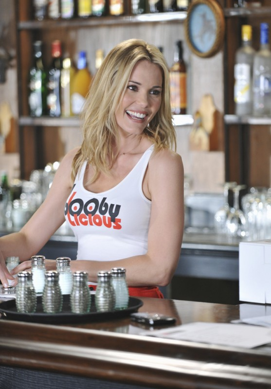 GCB: Leslie Bibb nell'episodio Love Is Patient