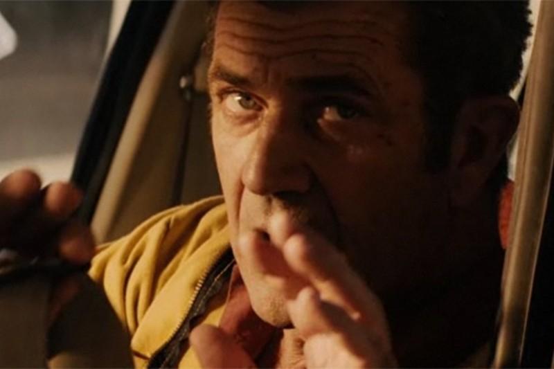 Viaggio in paradiso: Mel Gibson in un concitato momento del film