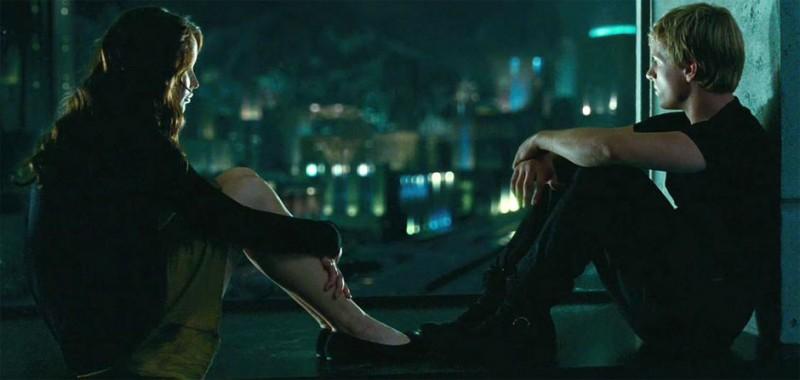 Jennifer Lawrence e Josh Hutcherson in Hunger Games: una scena del film