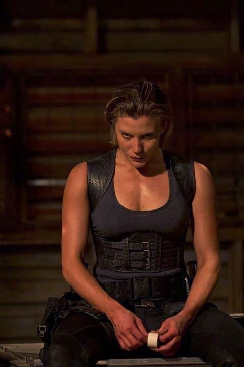 L'atletica Katee Sackhoff in un'immagine di Riddick