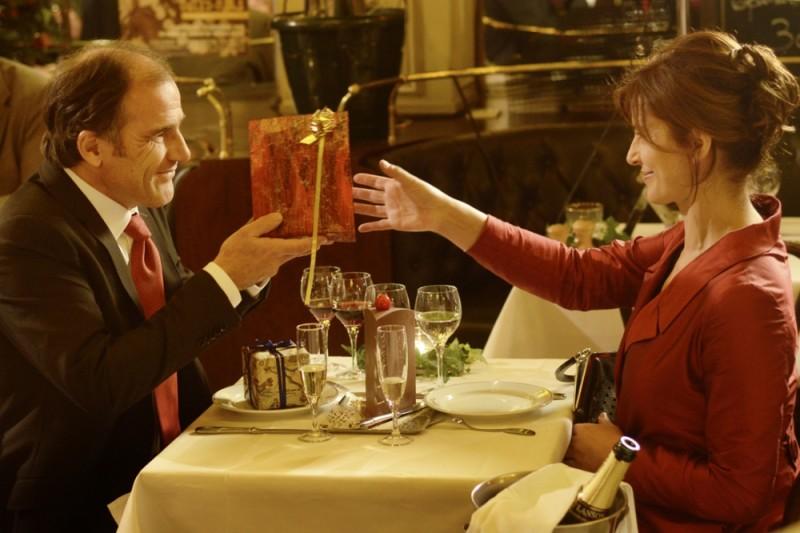 Ciliegine: Laura Morante insieme a Frédéric Pierrot in una scena del film