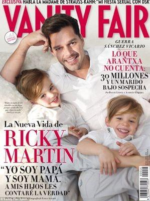 Ricky Martin sulla cover di Vanity Fair con i suoi figli, Valentino e Matteo