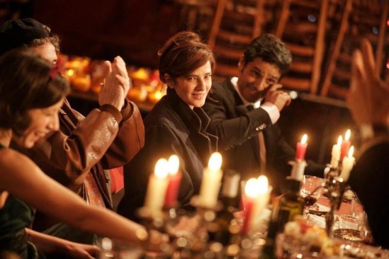 Ciliegine: Laura Morante e Pascal Elbé a tavola in una scena tratta dal film