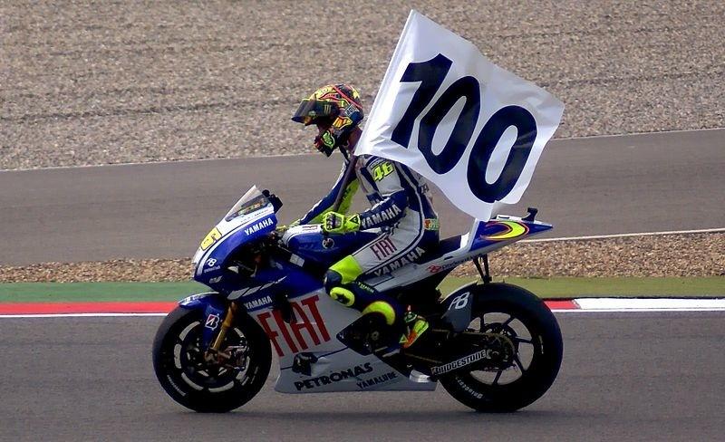 Fastest - Il più veloce: Valentino Rossi festeggia le sue 100 vittorie sul circuito di Assen