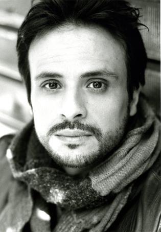 Maximilian Nisi in una foto b/n