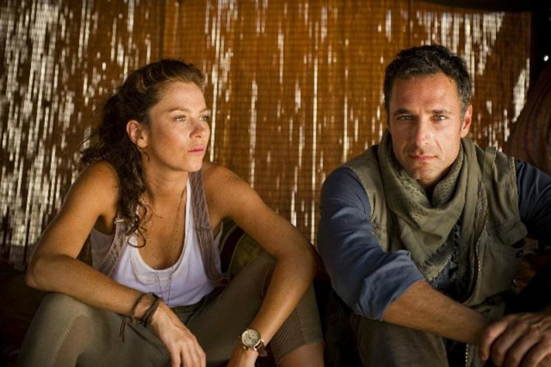 Anna Friel e Raoul Bova nel film TV I guardiani del tesoro