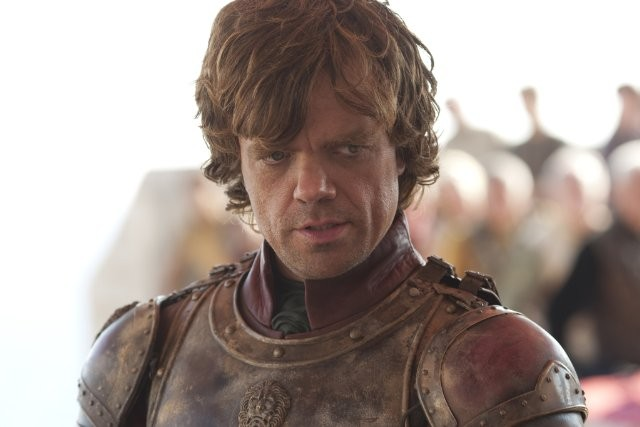 Game of Thrones: Peter Dinklage in una scena della stagione 2