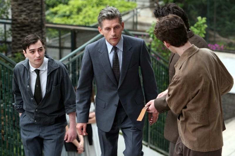 Jacques Gamblin è Jacques Cormery in una scena de Il primo uomo