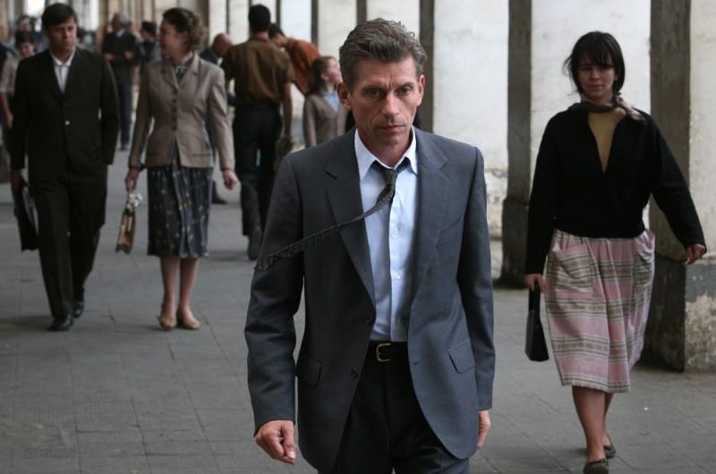 Jacques Gamblin nei panni di Jacques Cormery in una scena de Il primo uomo