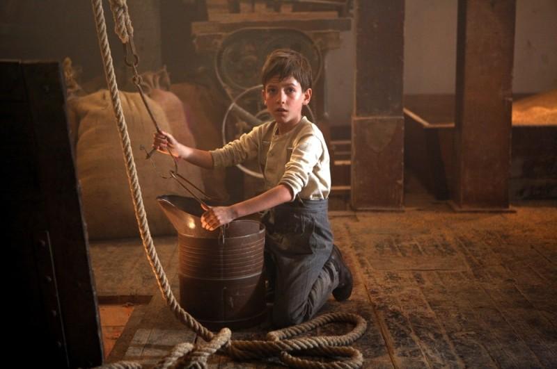 Nino Jouglet è Jacques Cormery da bambino in una scena de Il primo uomo