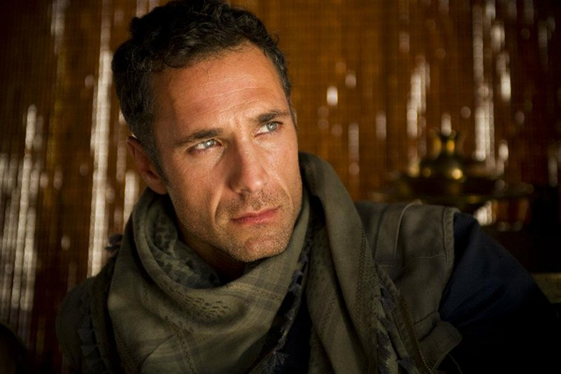 Raoul Bova in una scena del film TV I guardiani del tesoro
