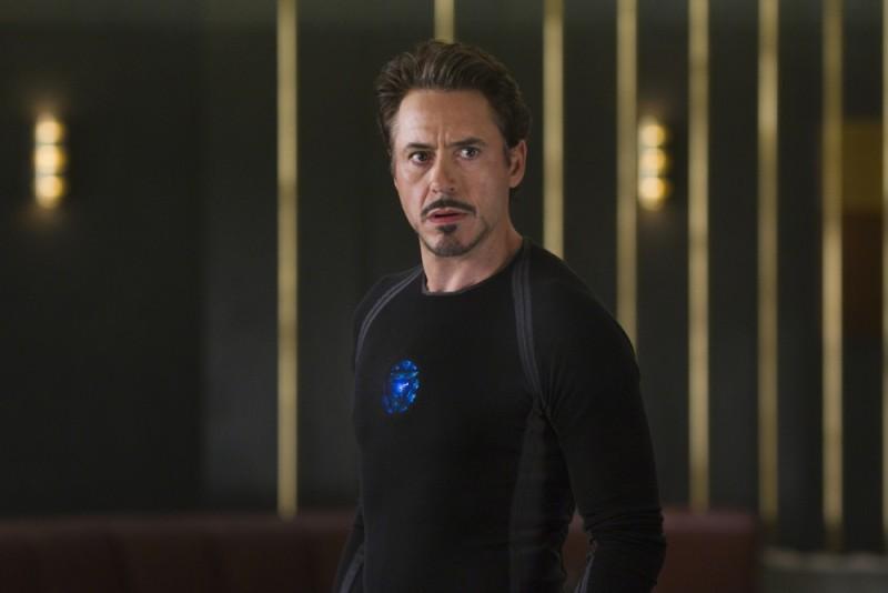 Robert Downey Jr. nei panni di Tony Stark ( e Iron Man) in una scena di The Avengers