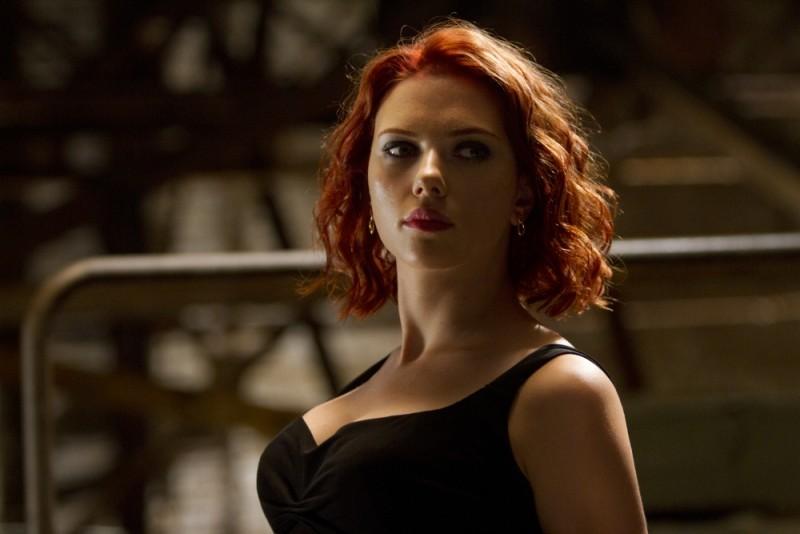Una prorompente Scarlett Johansson in una scena di The Avengers