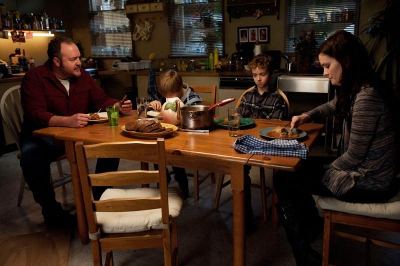 The Killing: Brent Sexton, Jamie Anne Allman, Seth Isaac Johnson ed Evan Bird nell'episodio Reflections