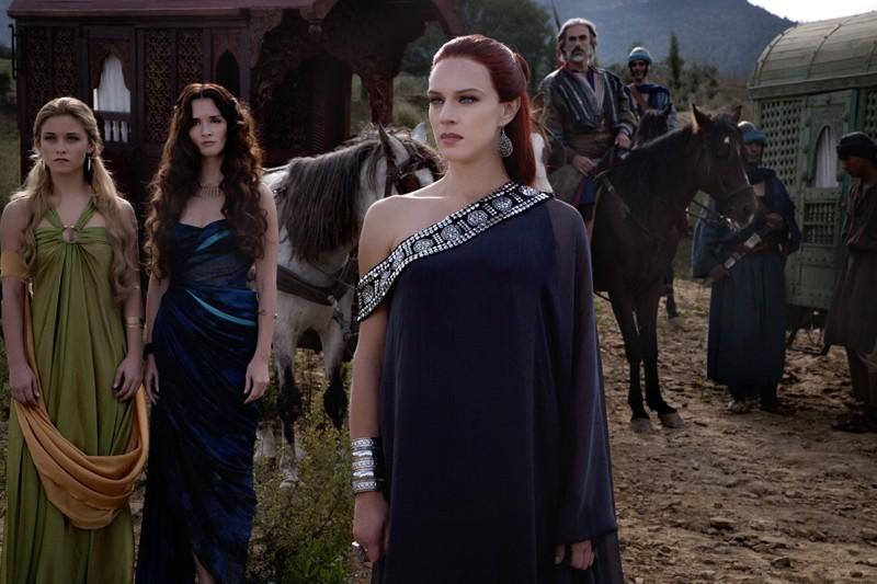 Alice Bellagamba, Paz Vega, Antonia Liskova in una scena del film in Maria di Nazareth