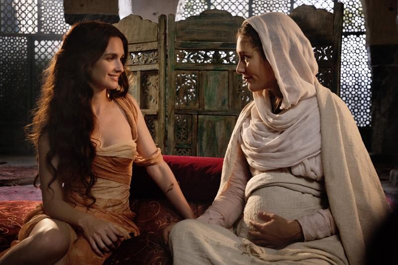 Alissa Jung e Paz Vega in Maria di Nazareth