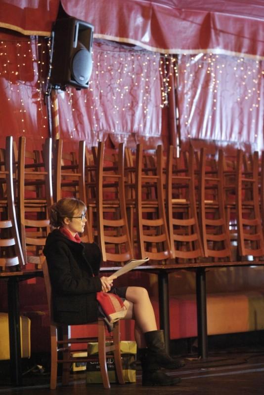 Ciliegine: Isabelle Carré sul set del film ripassa il copione