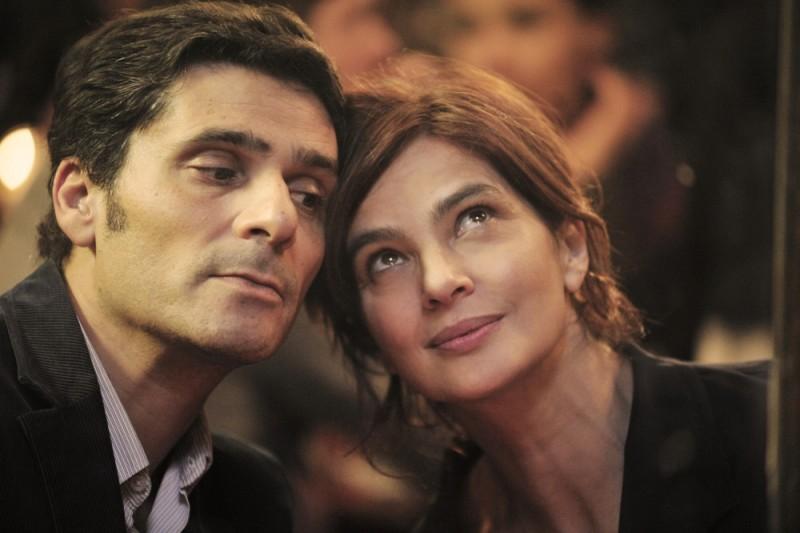 Ciliegine: Laura Morante in una tenera immagine del film insieme a Pascal Elbé