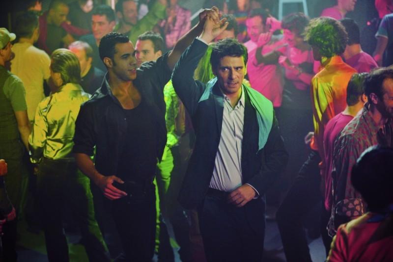 Ciliegine: Pascal Elbé si cimenta nel ballo in una scena del film