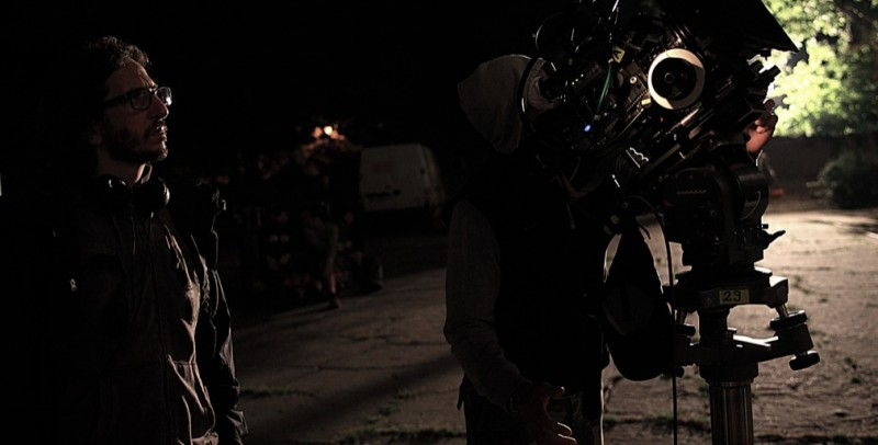 Il regista Daniele Vicari sul set del film Diaz