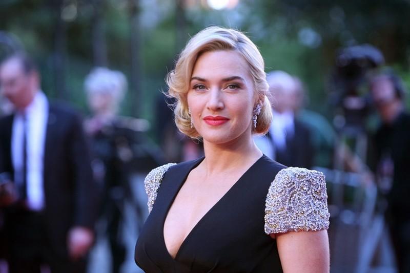 Titanic in 3D: Kate Winslet in versione scintillante sul red carpet della Royal Albert Hall di Londra per la premiere di Titanic 3D