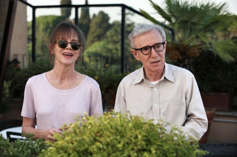 Woody Allen e Judy Davis in una scena di To Rome with Love
