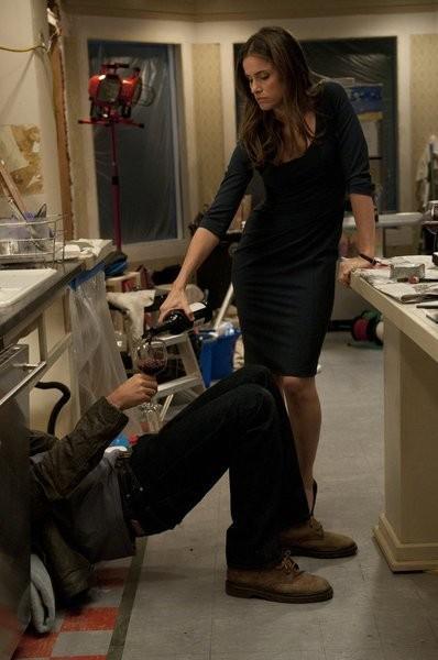 Bent: Amanda Peet in una scena dell'episodio pilota