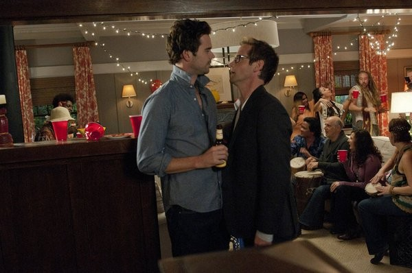 Bent: Matt Letscher e David Walton in una scena dell'episodio HD