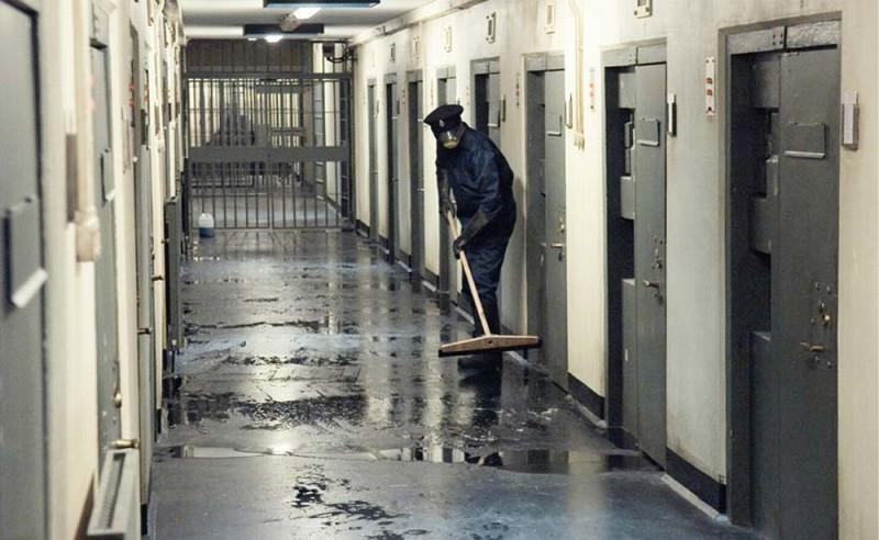 Hunger: uno dei corridoi del carcere immortalati in una scena del film